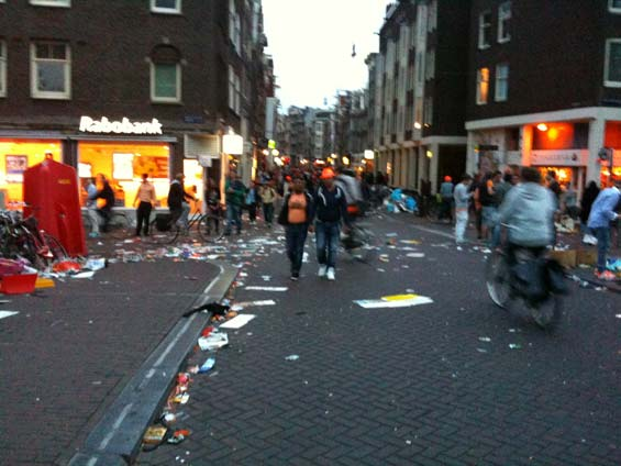 Queensday Party's over